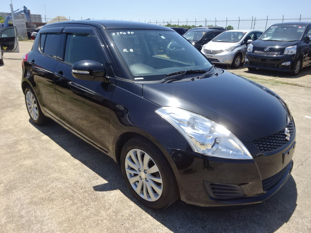 2013/APR Auction Grade:4 !!! SWIFT ZC72S 1200cc ZC72S-225490